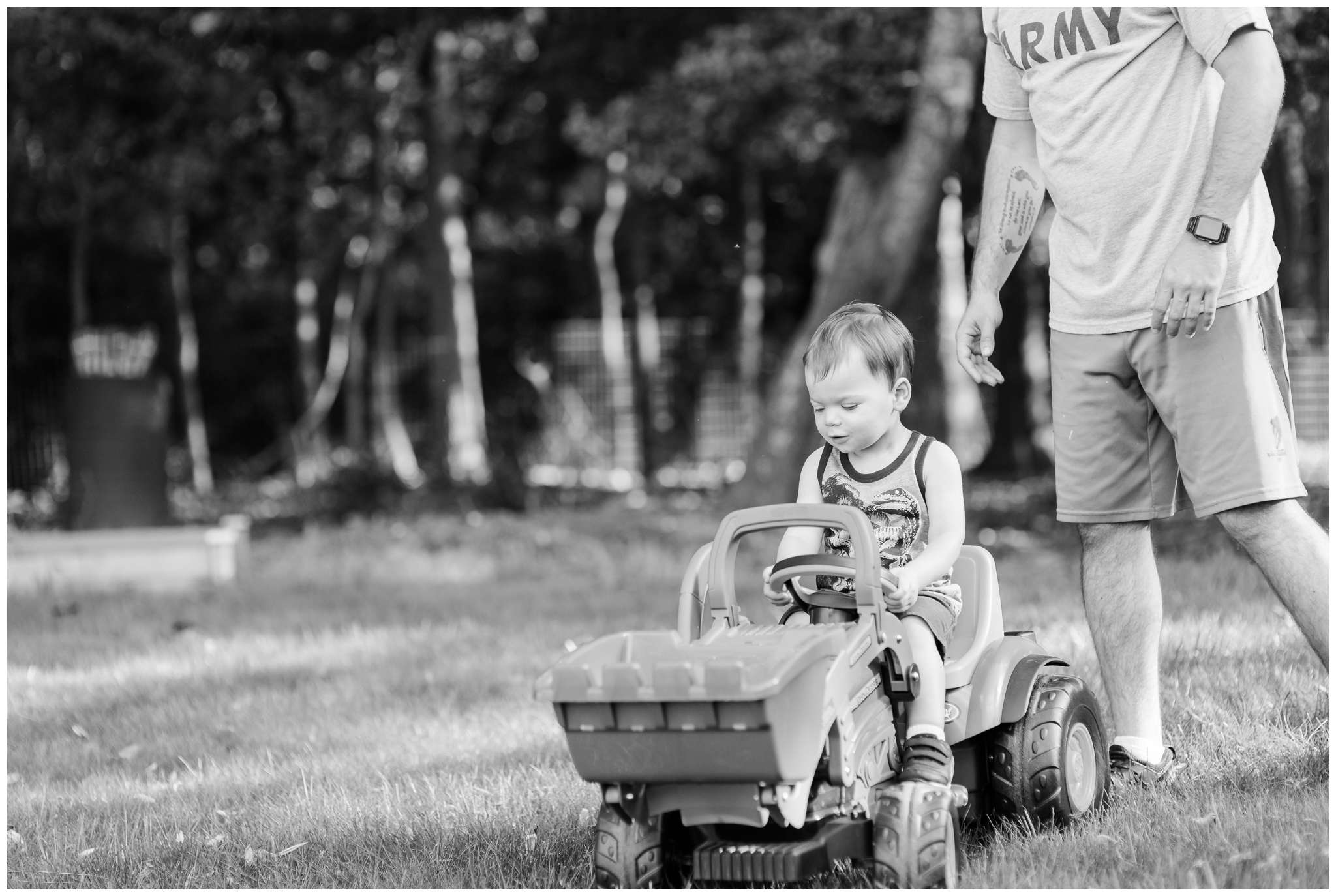 Liam and Tractor_4016.jpg