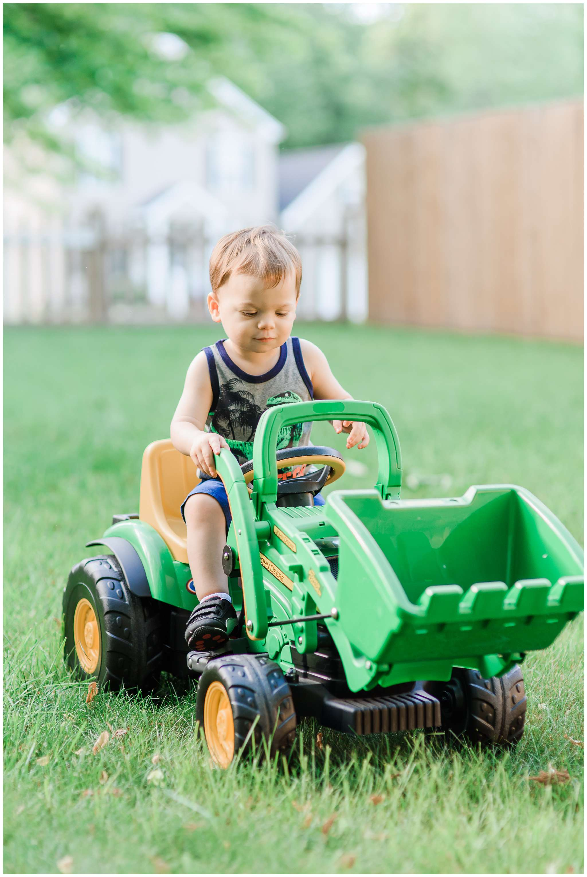 Liam and Tractor_4018.jpg