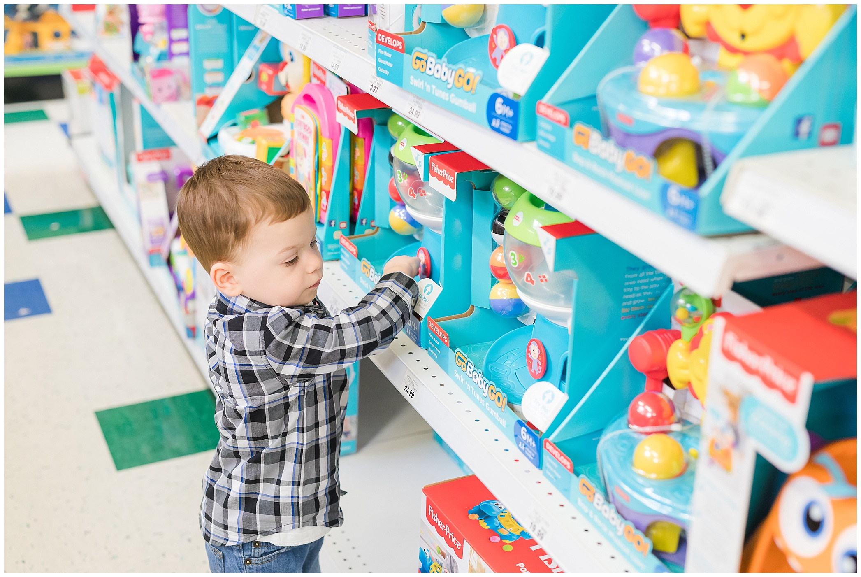 Toys R Us_0885.jpg