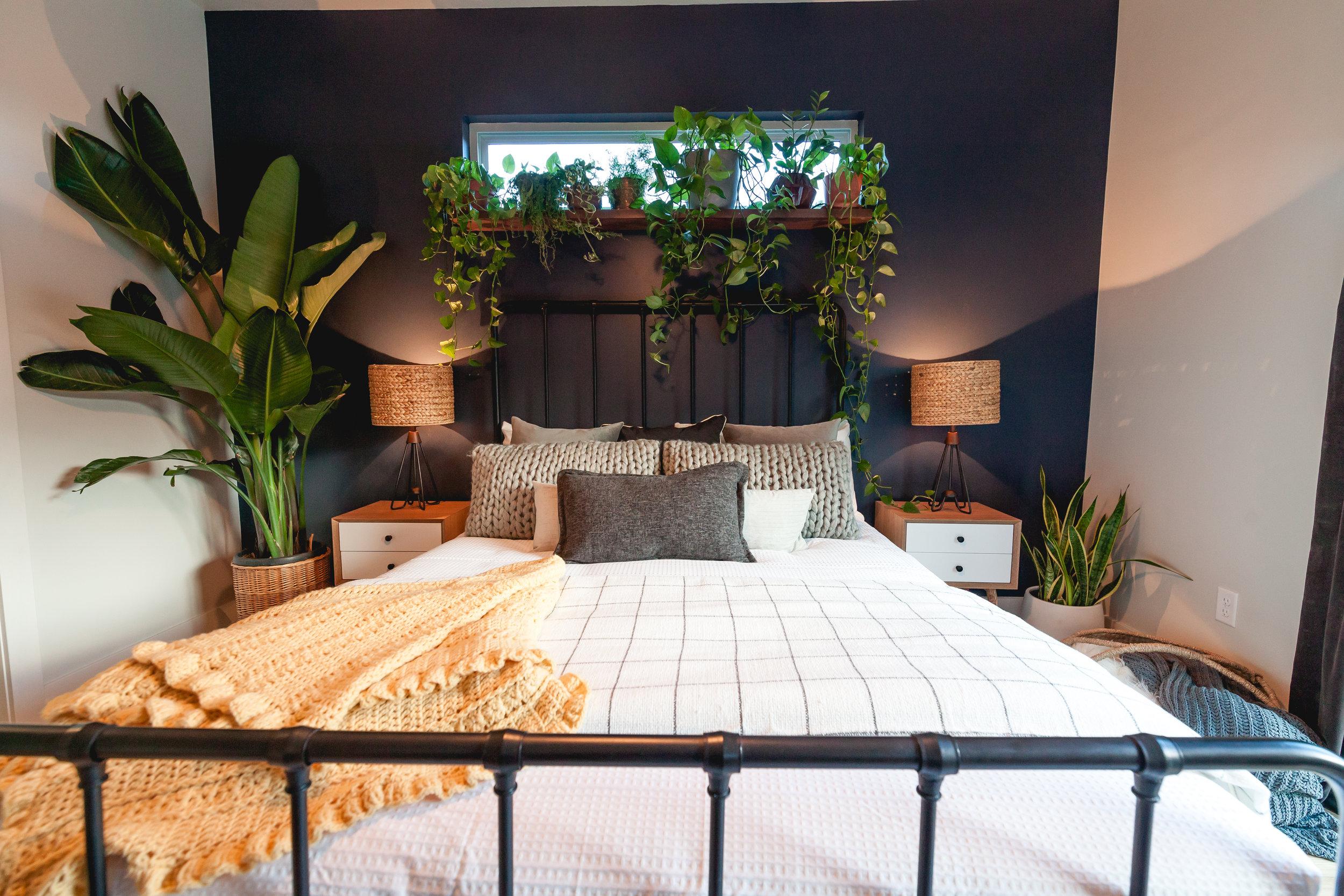 Master Bed-1-3.jpg