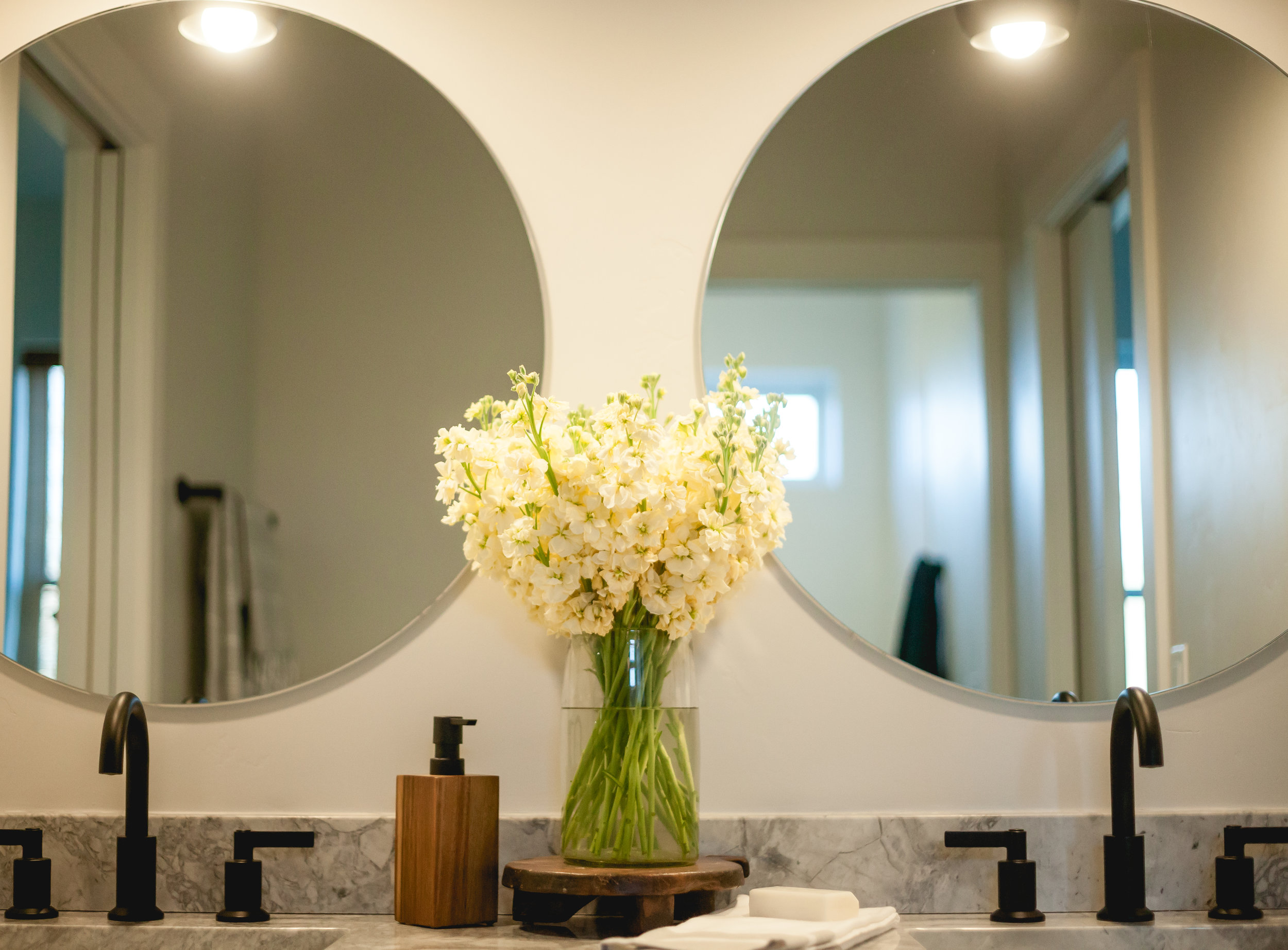 Upper bathroom Details-1-2.jpg