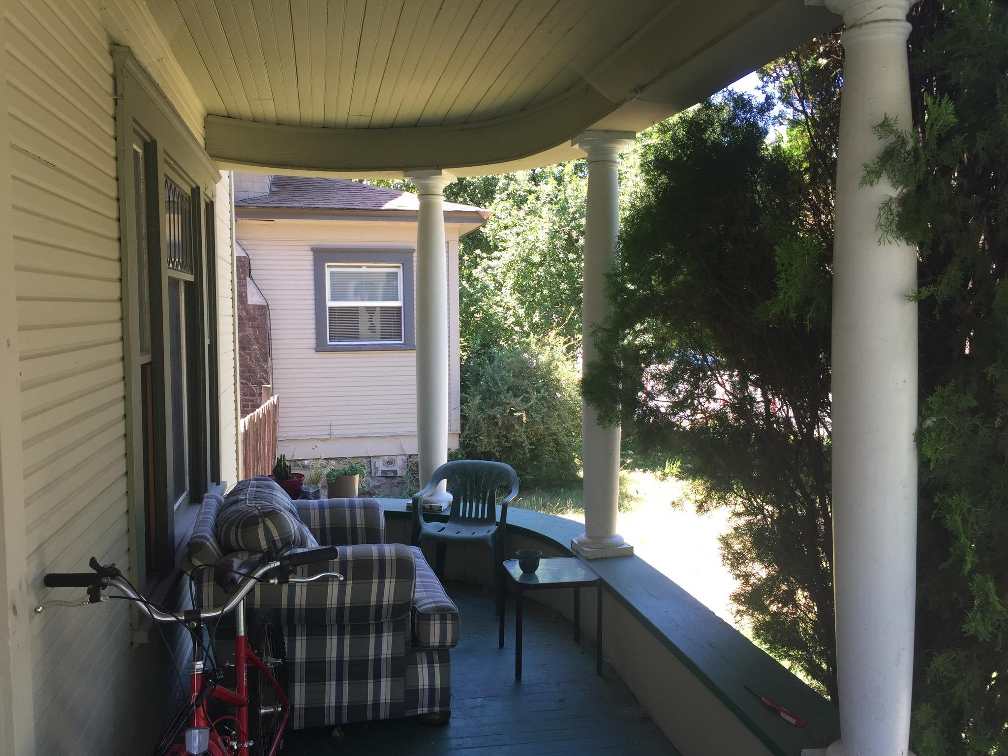 Porch House - Ext Bonus_0001_Background.jpg