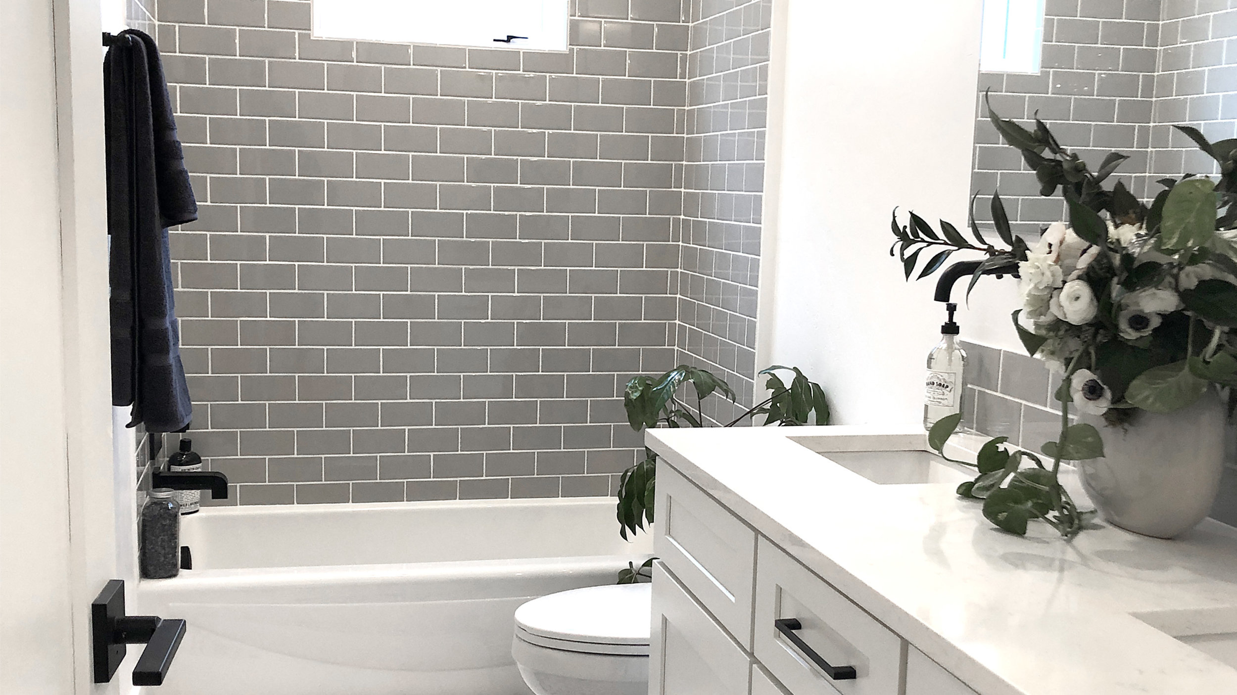 S2E02 - Big Space Small House_0000s_0001_Master Bath After.jpg