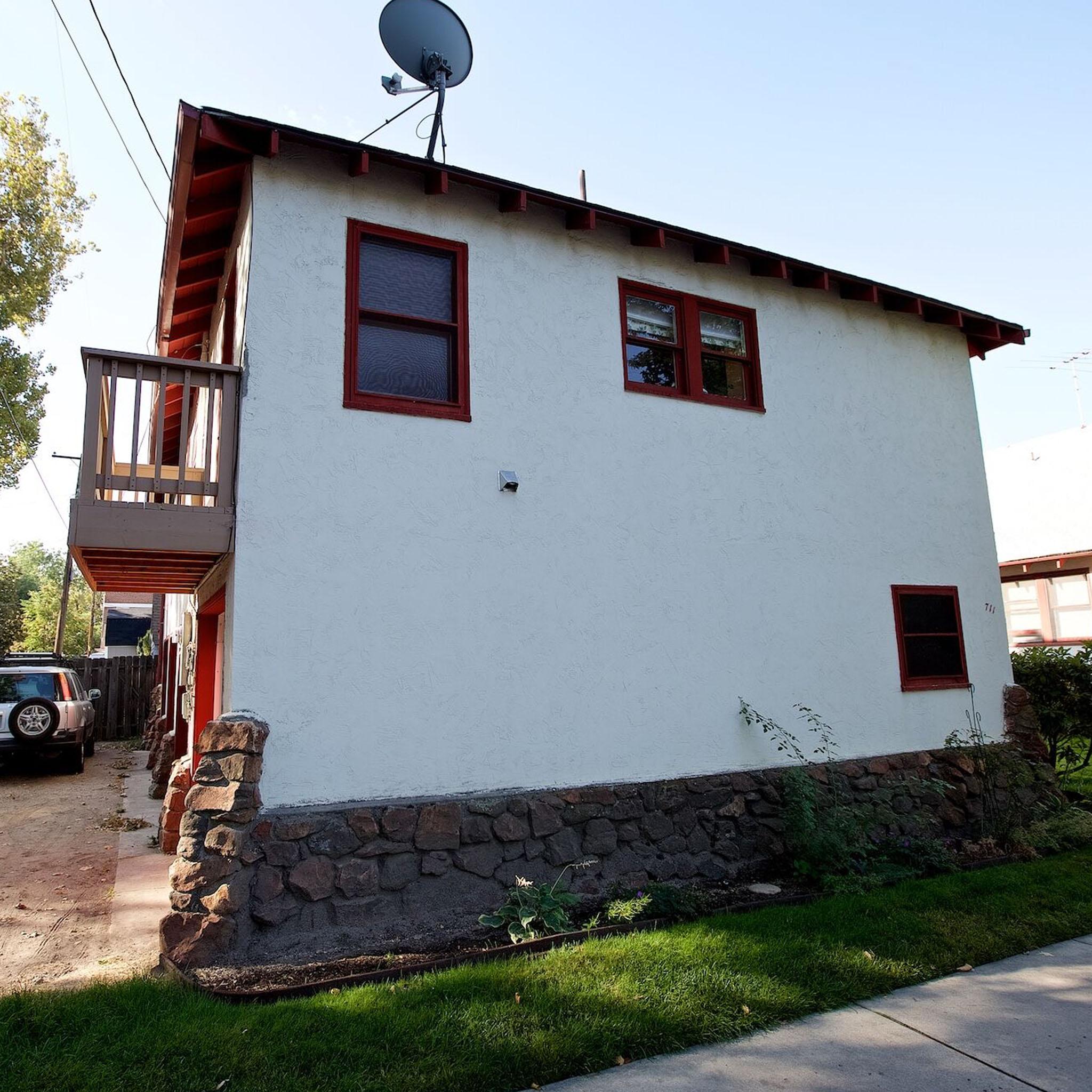 S2E08 - Casa De Boise_0031_Layer 133.jpg