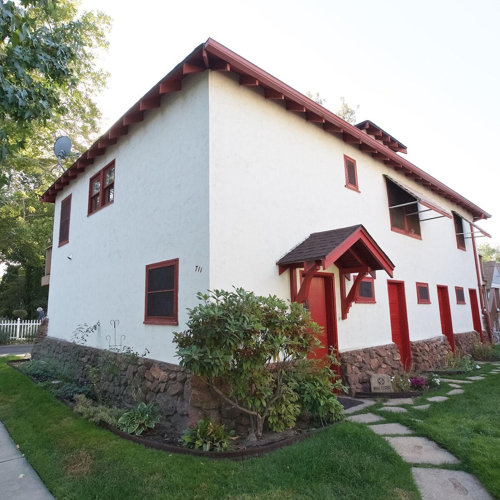 S2E08 - Casa De Boise_0029_Layer 135.jpg