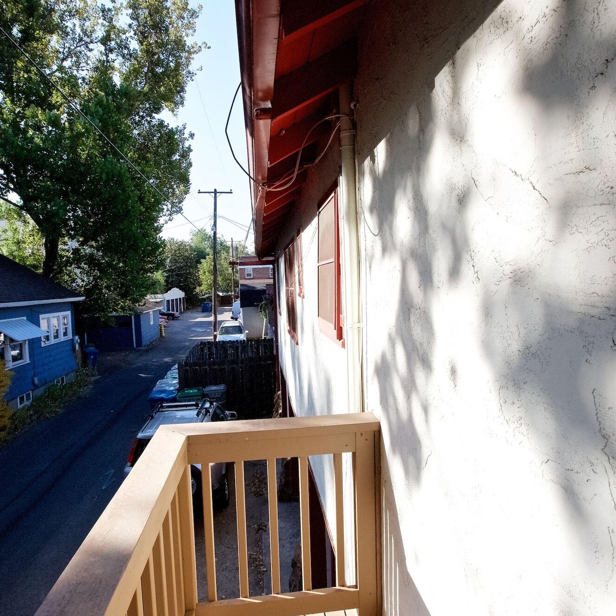 S2E08 - Casa De Boise_0003_Layer 164.jpg