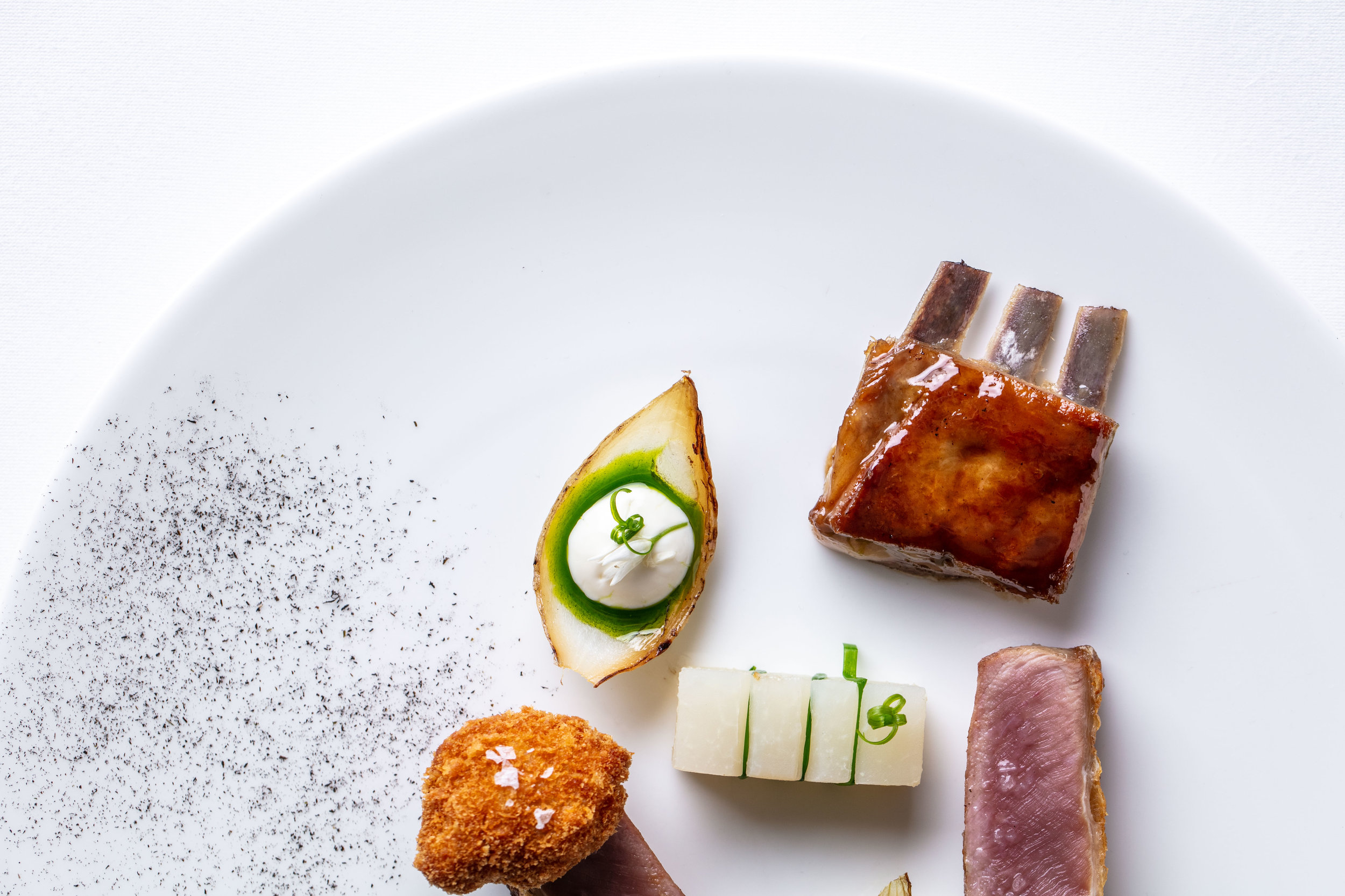 Launceston_Place_099_Milk_fed_lamb_Smoked_Yogurt_Kholrabi_9886 copy.jpg