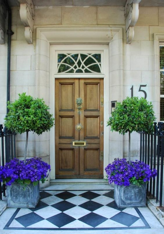 Kerry Spears Interiors - Statement Entryways1