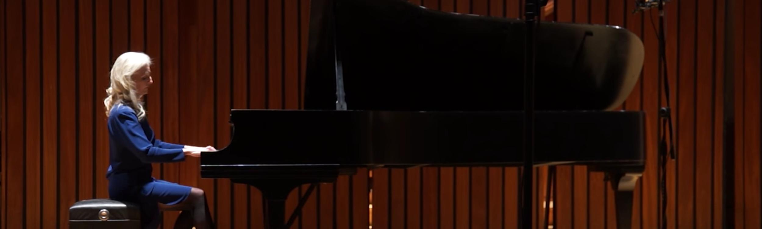 Pamela Howland Grand Piano Live