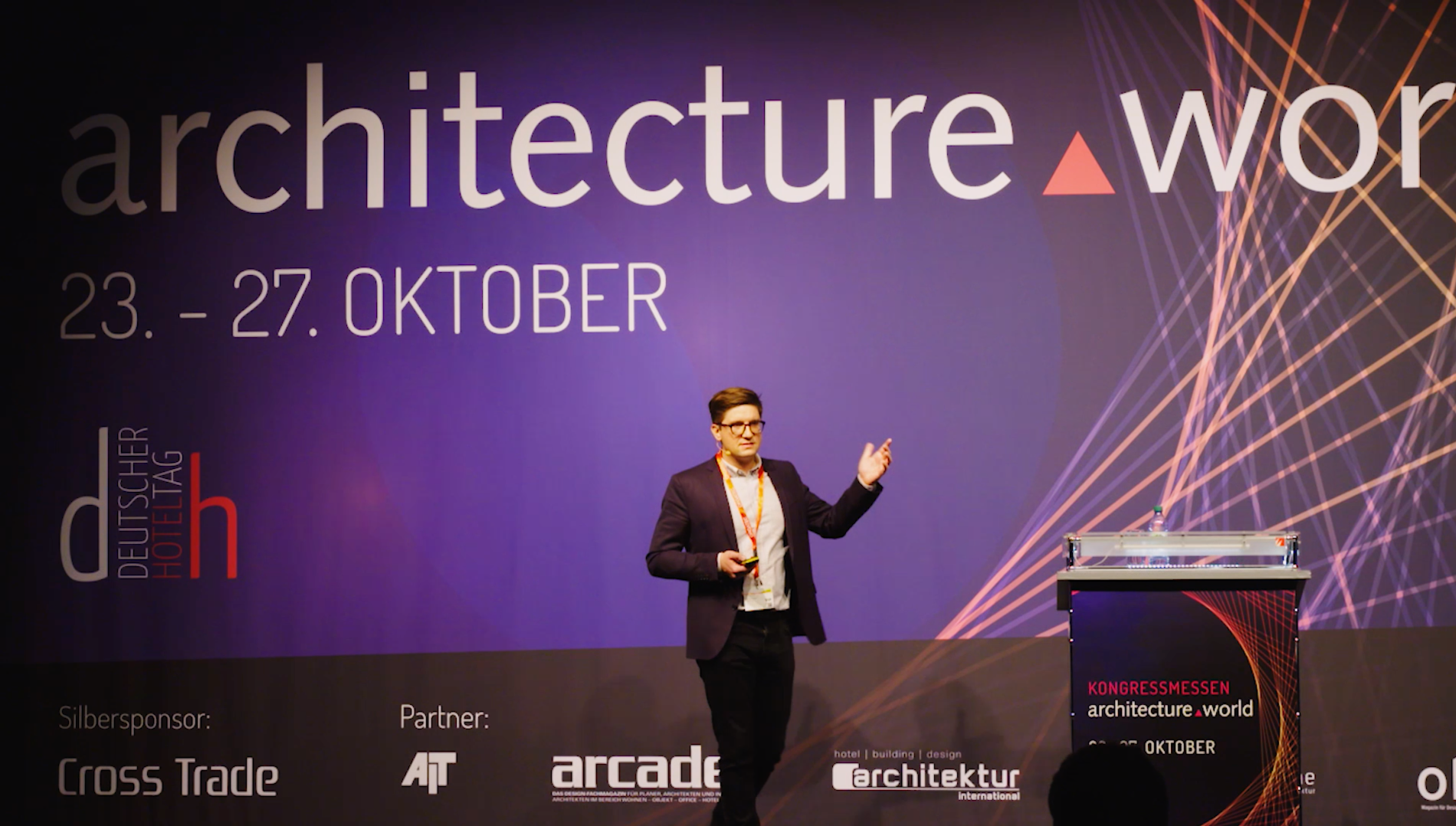 Sebastian_Brunner_Orgatec_architecture_world_vortrag_speaker.png