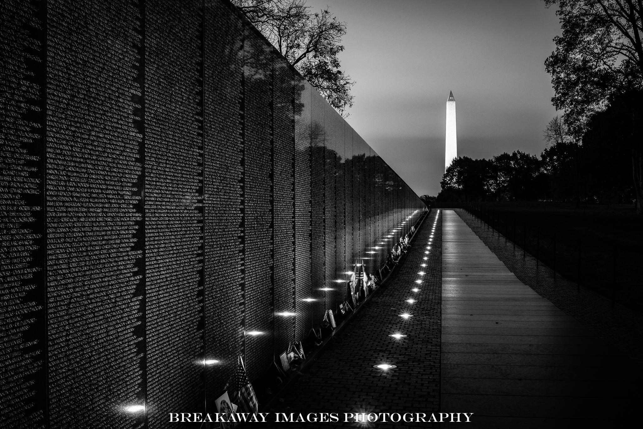 Vietnam Veterans Memorial at Night.jpg