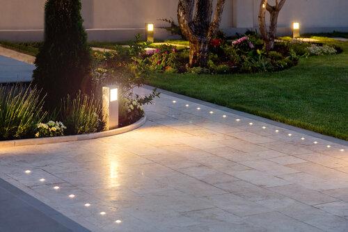 Low Voltage Outdoor Landscape Lighting, What Are The Best Outdoor Lighting Brands