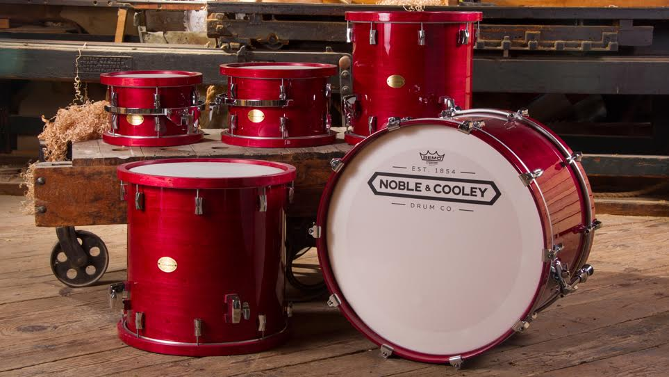 CD Maple Cherry Stain Gloss with Wood Hoops