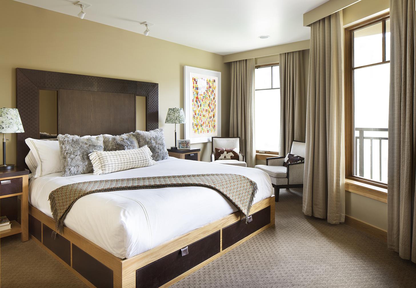 Room_612_02b_LR.jpg