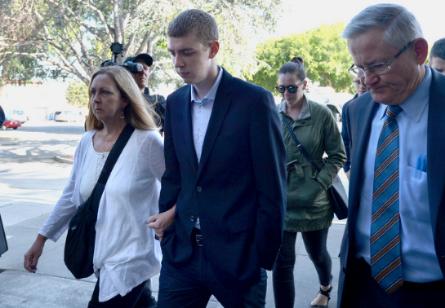 Brock Turner entering Santa Clara Superior Court with his parents. Courtesy: Dan Honda/Bay Area News Group