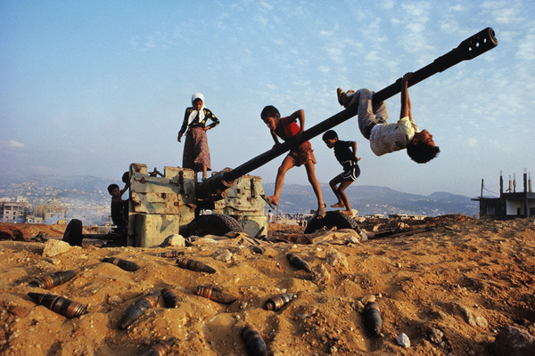 Children playing near Beirut, Steve McCurry,Lebanon, 1982