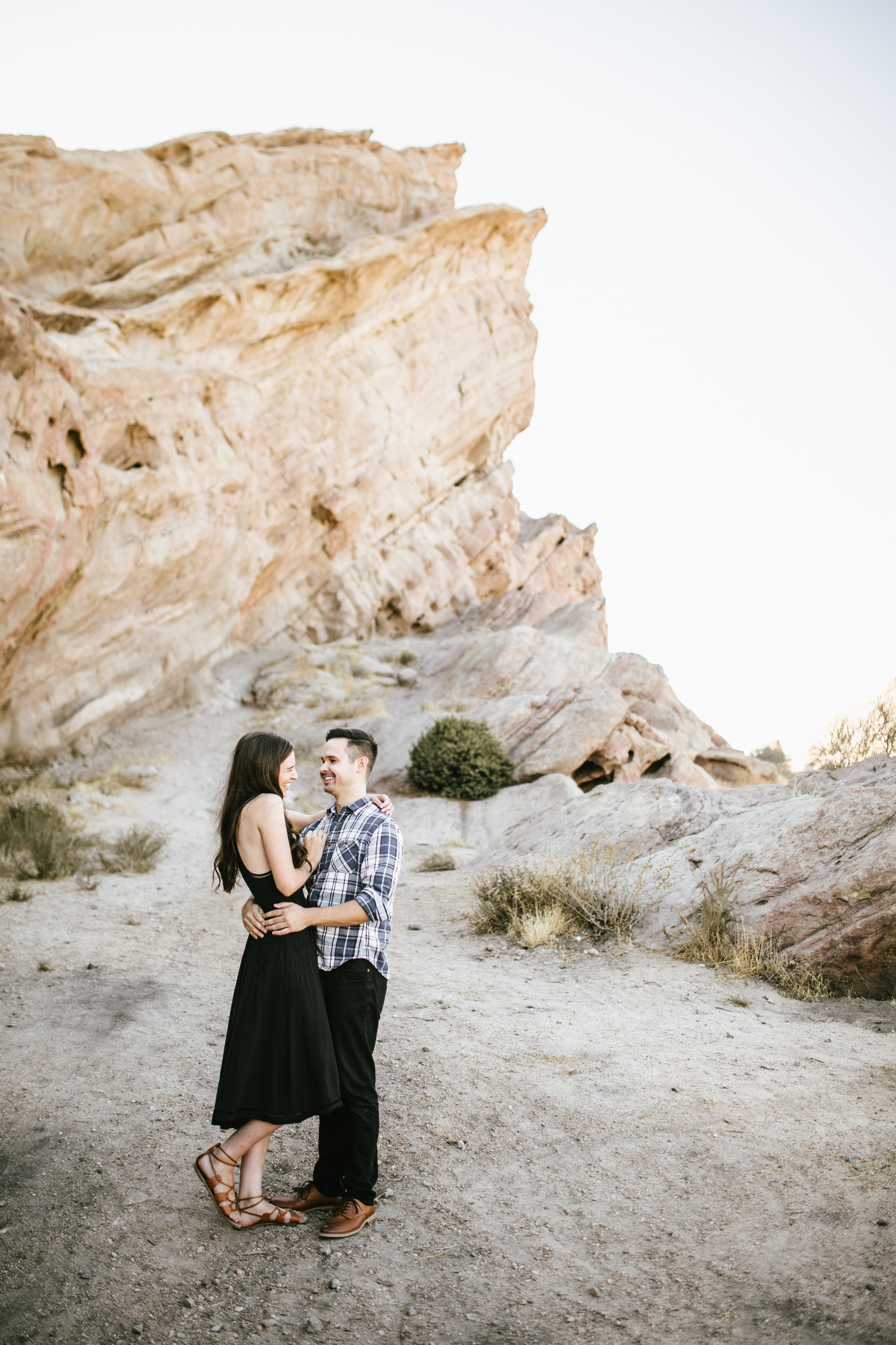 vasquez rocks engagement-4.jpg