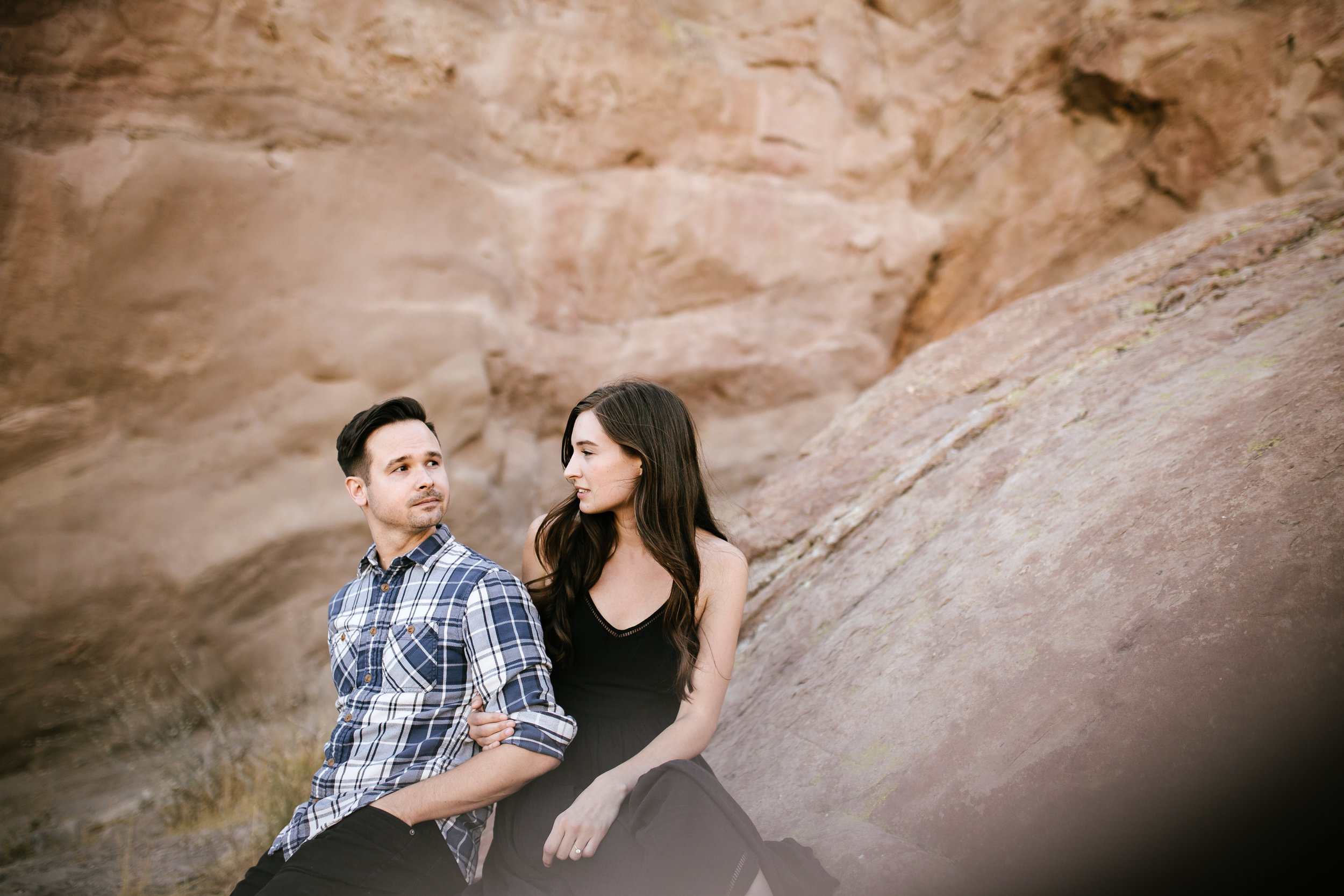 vasquez rocks engagement-12.jpg