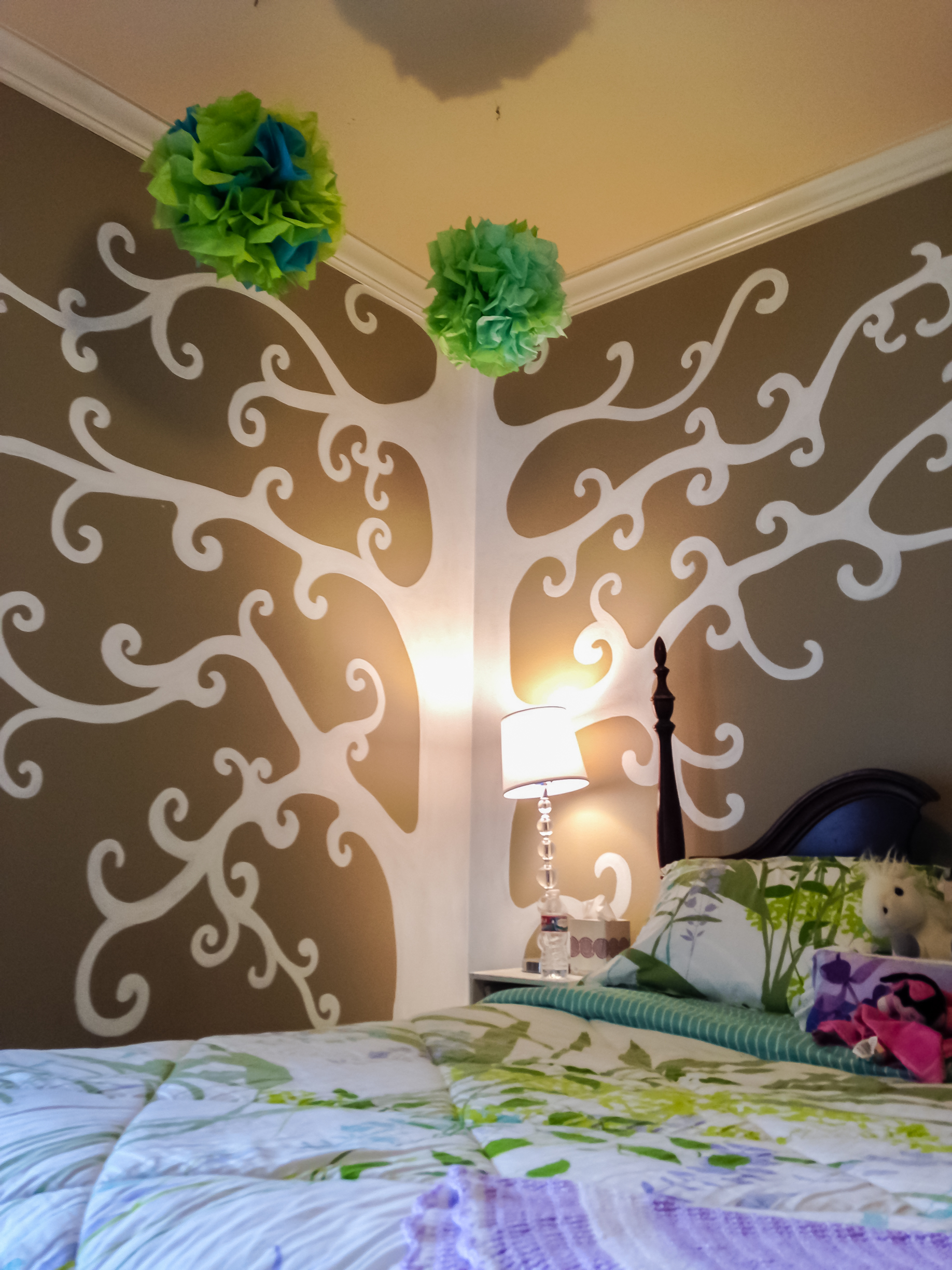 Child's Bedroom Tree Motif