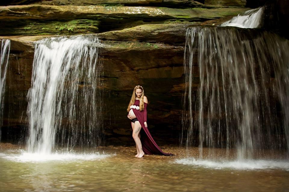 Courtney Smith Maternity Shoot 6.15.2018 Hocking Hills State Park, Ohio.