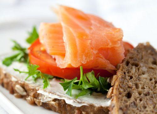 salmon-breakfast-sandwich-500x366.jpg