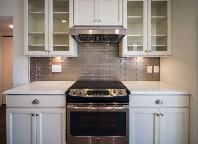 10590 Wilshire Blvd Unit 1003-small-007-1-Kitchen-666x485-72dpi.jpg