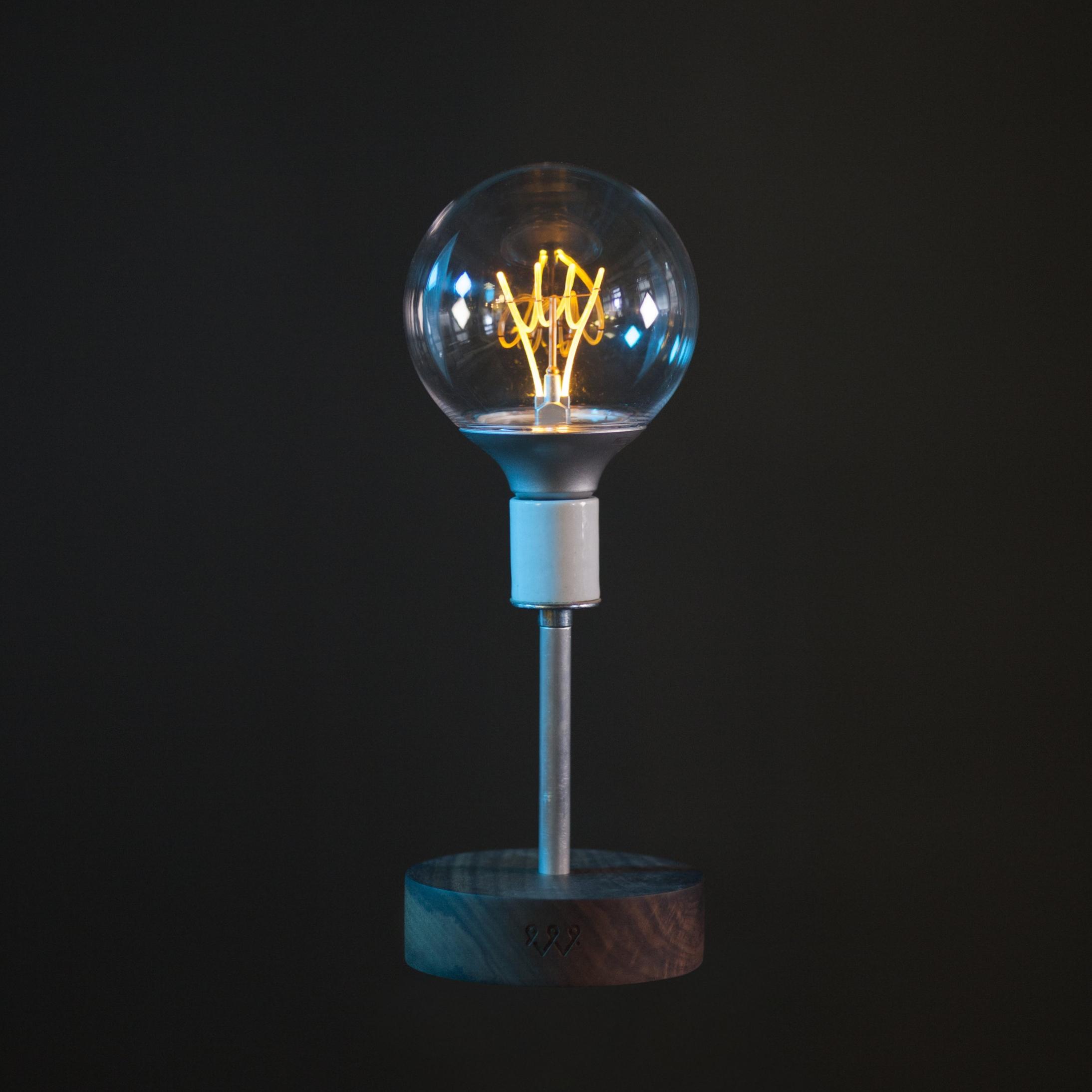 watts-lamp_full.jpg