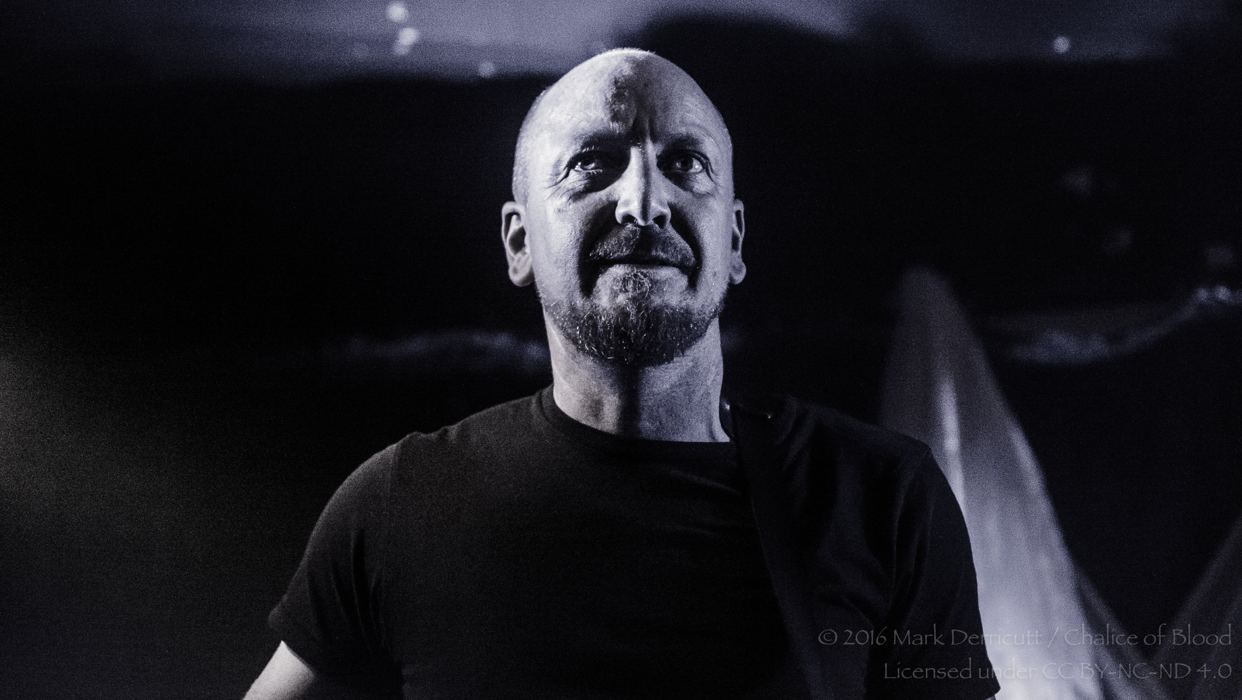 CLICK THE IMAGE ABOVE FOR LIVE PHOTOS FROM Jakob'S AUCKLAND SHOW   BY  Mark Derricutt