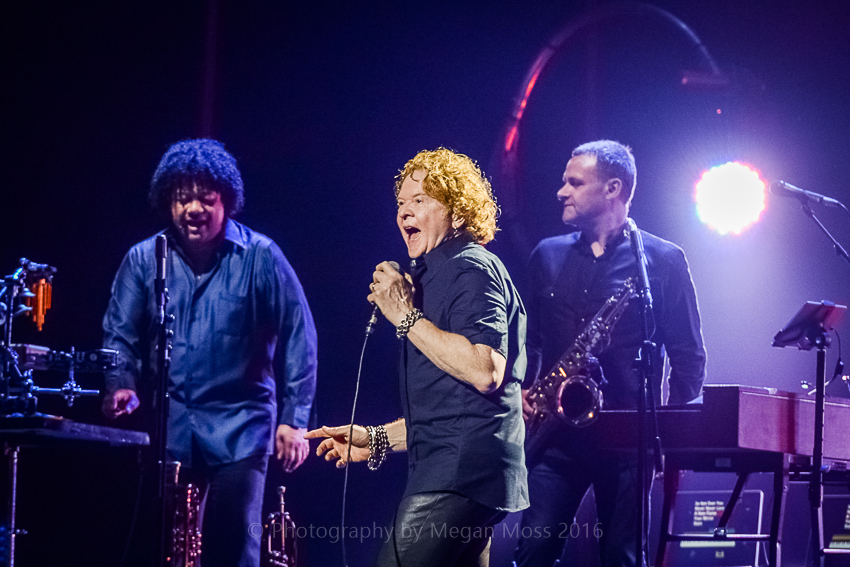 CLICK THE IMAGE ABOVE FOR LIVE PHOTOS FROM SIMPLY RED'S AUCKLAND SHOW   BY  Megan Moss
