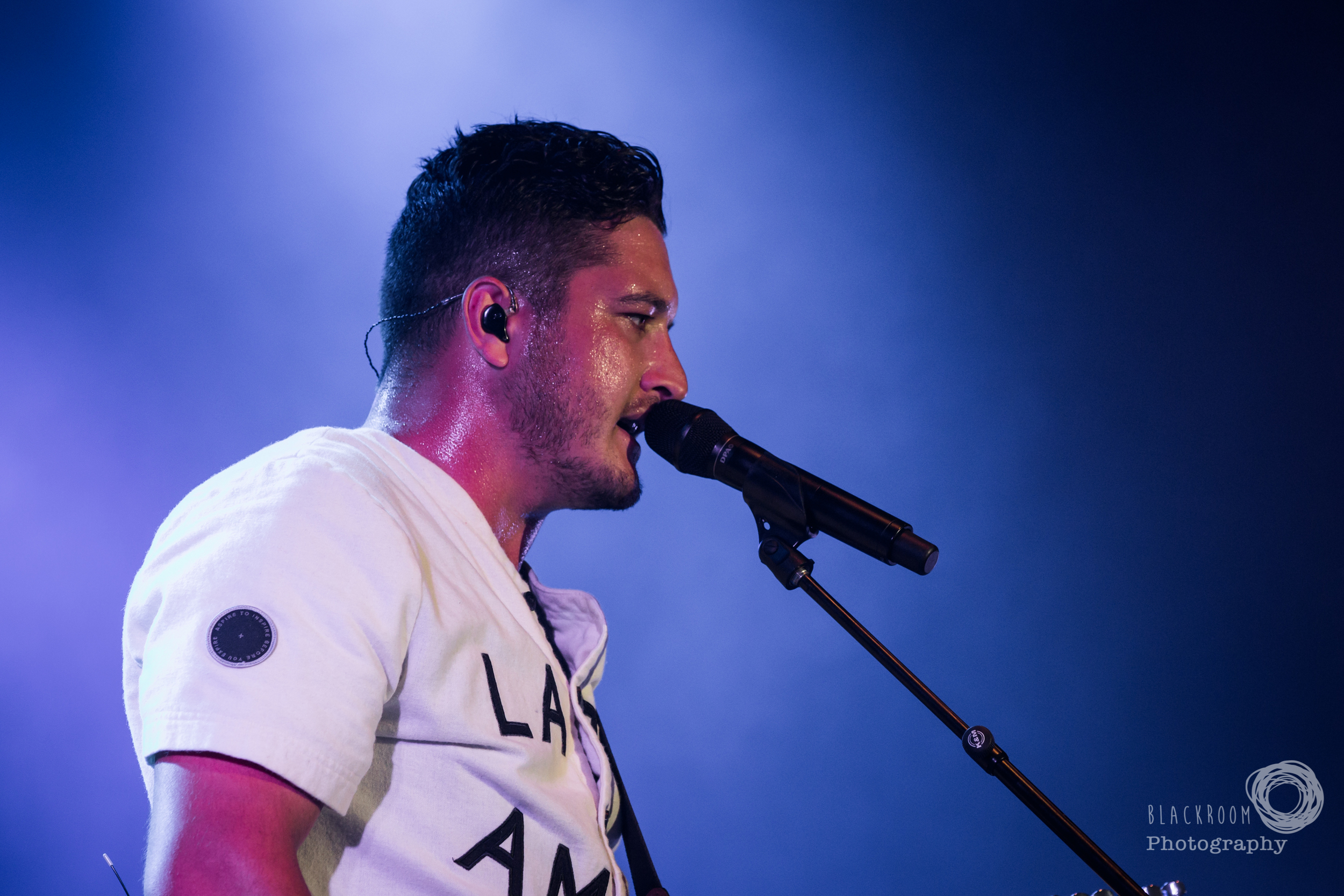 CLICK THE IMAGE ABOVE FOR LIVE PHOTOS FROM six 60'S AUCKLAND SHOW BY    Megan Blackwell
