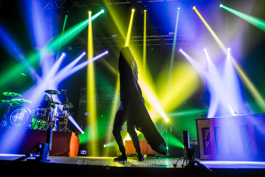 CLICK THE IMAGE ABOVE FOR LIVE PHOTOS FROM LAST MONTH'S Twenty One Pilot'S AUCKLAND SHOW   BY  Megan Moss