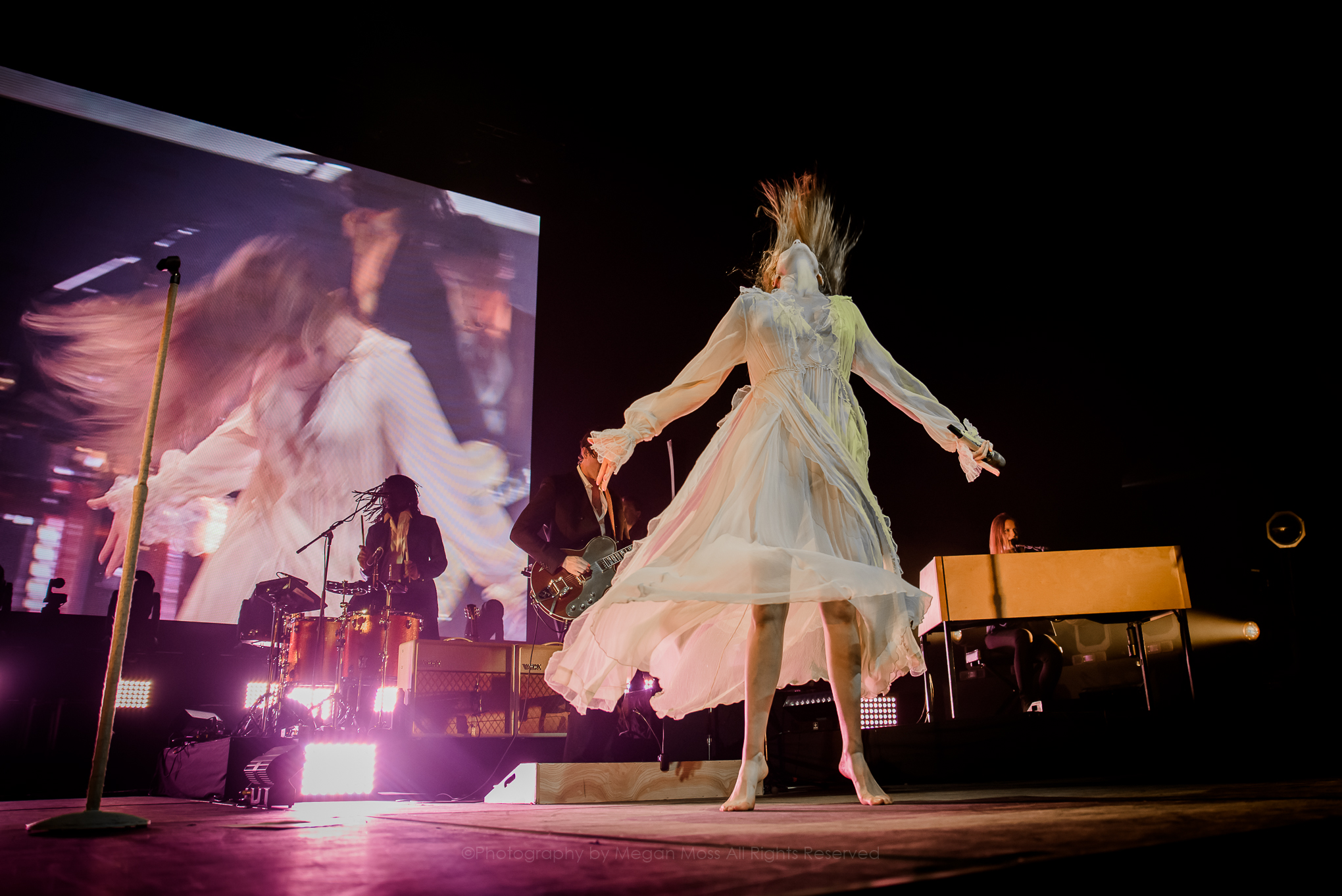Florence & the Machine_PhotoMeganMoss-7.jpg