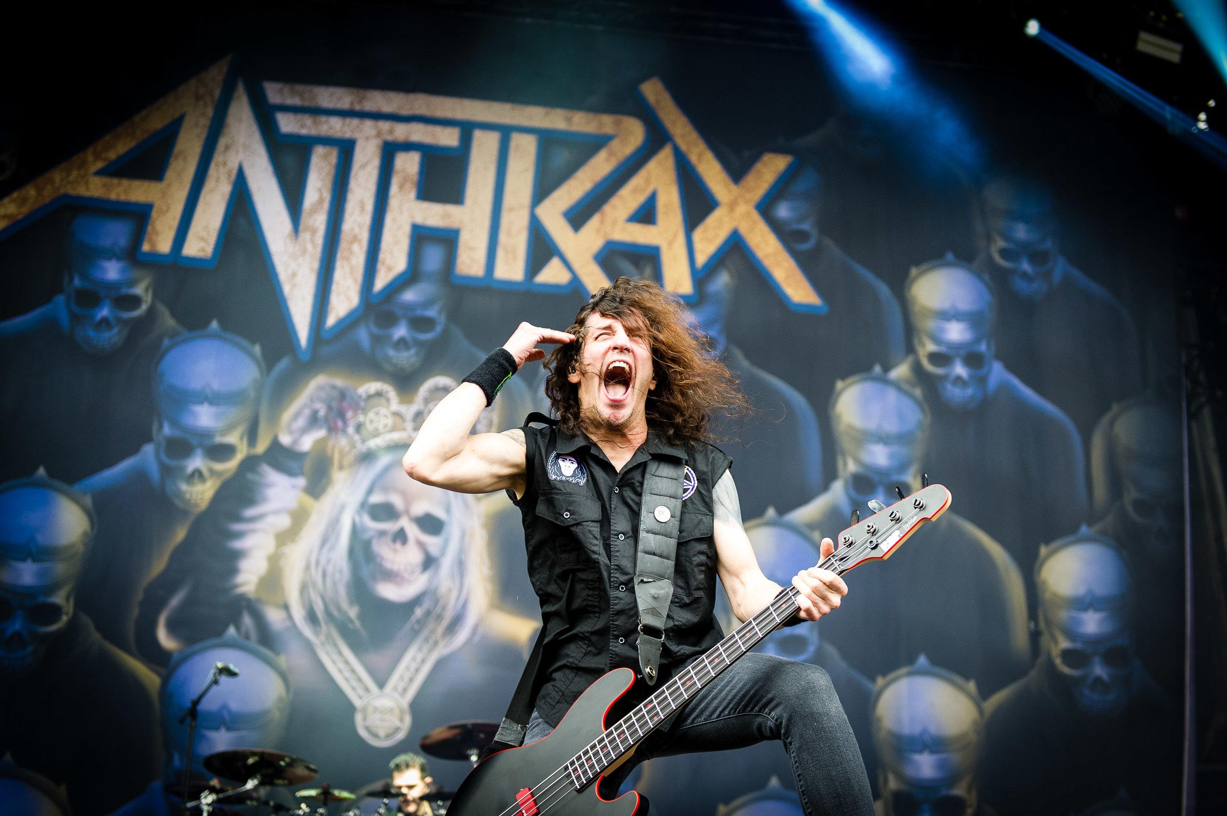 anthrax_download_sydney_03.jpg