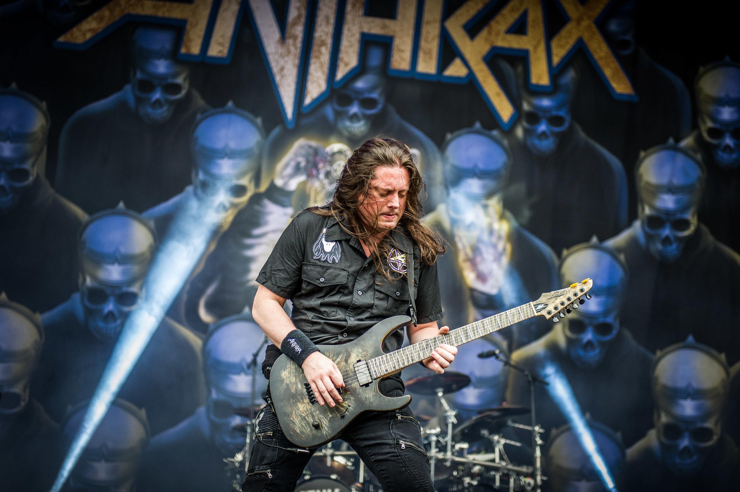 anthrax_download_sydney_05.jpg