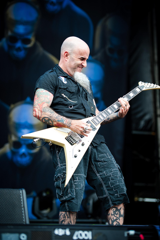 anthrax_download_sydney_14.jpg