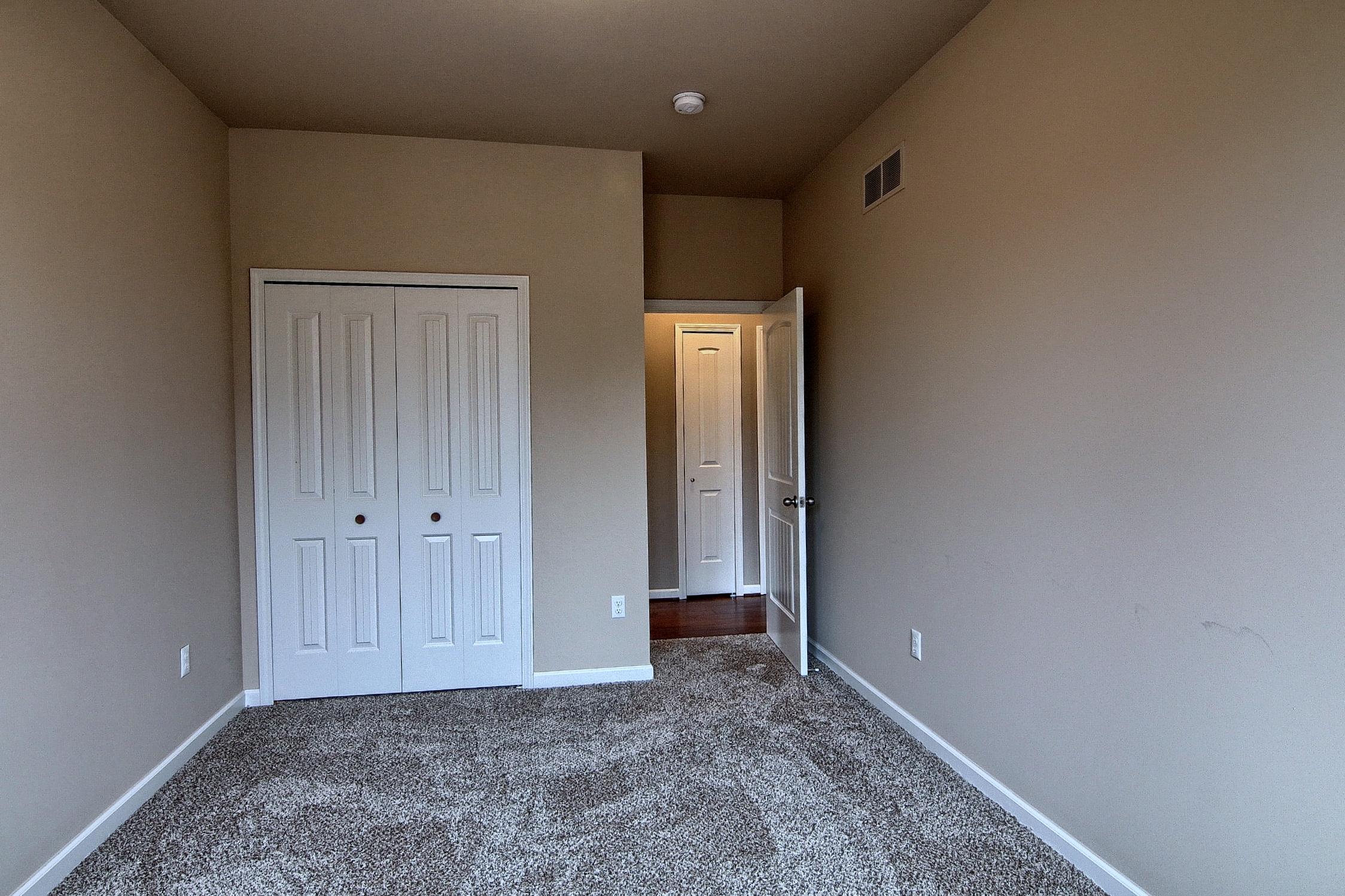 3rd_Bedroom_2nd_View.jpg