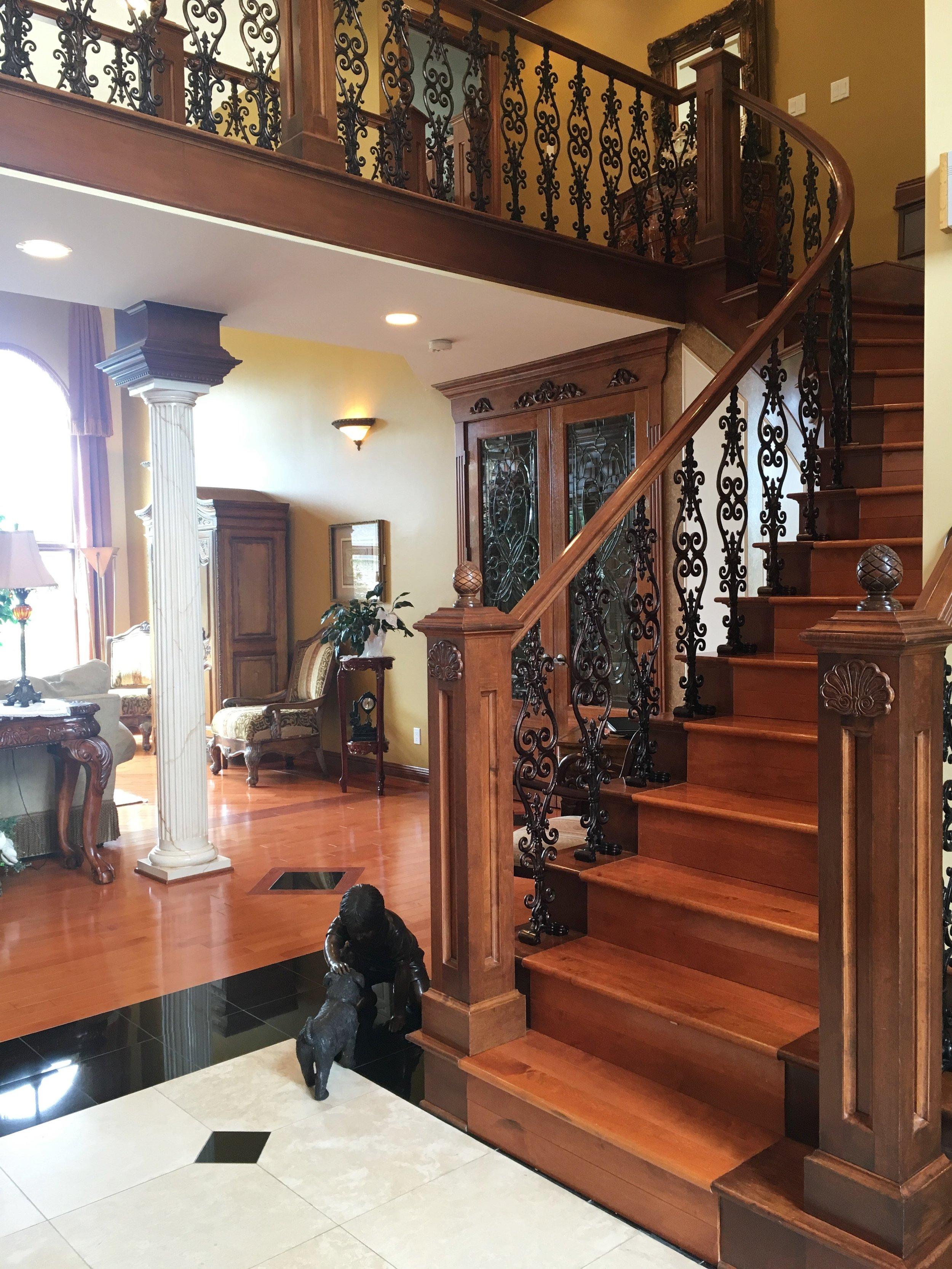 IMG_1877 Stairway USE 2.jpg