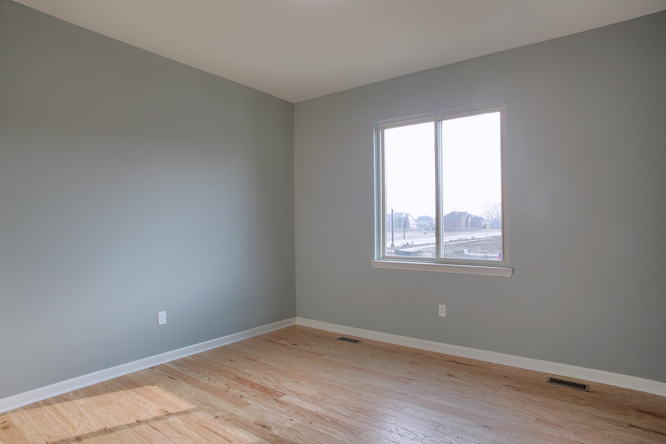 18-2nd Bedroom.jpg