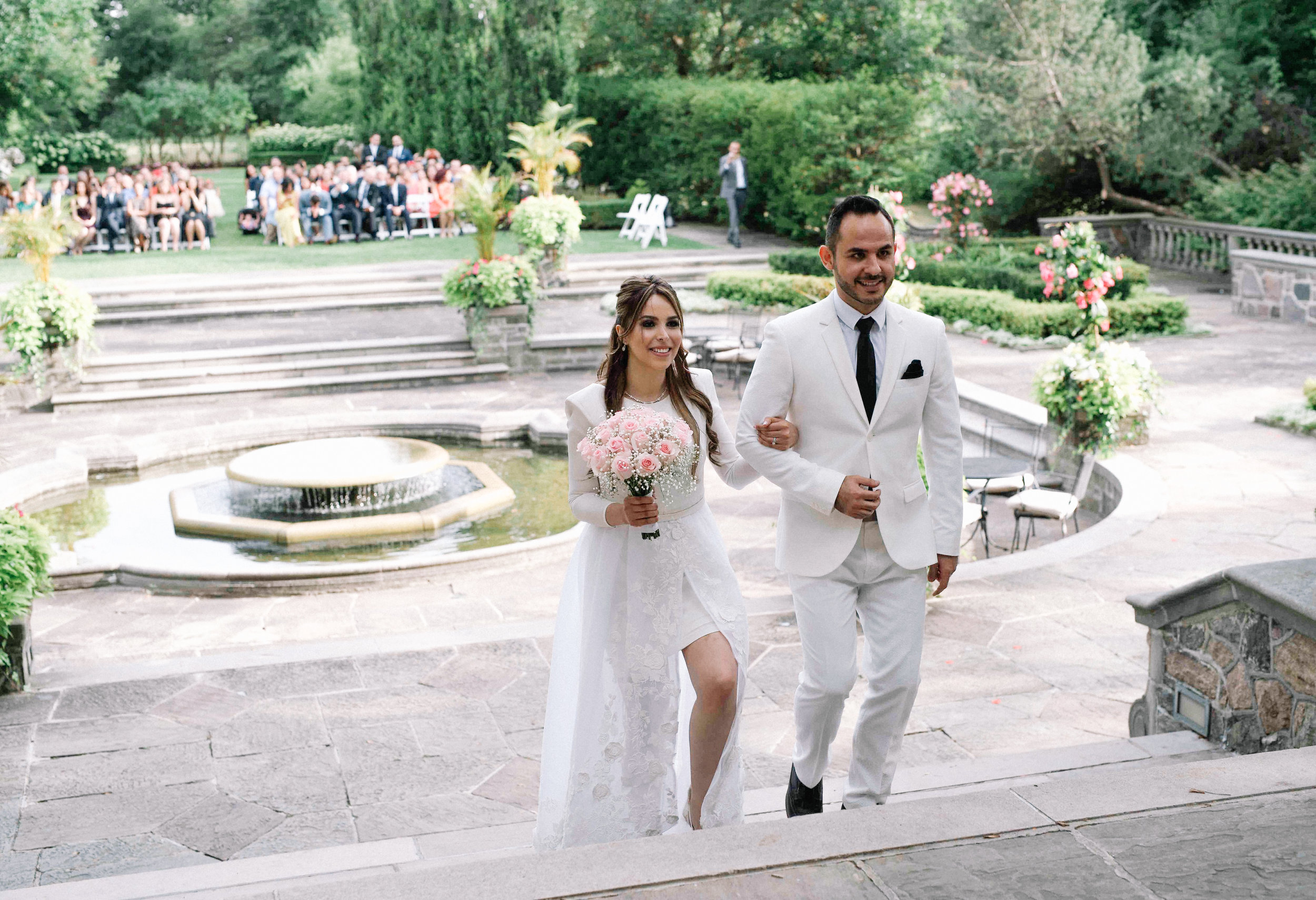 Epic Wedding Photo Graydon Hall Manor in Toronto