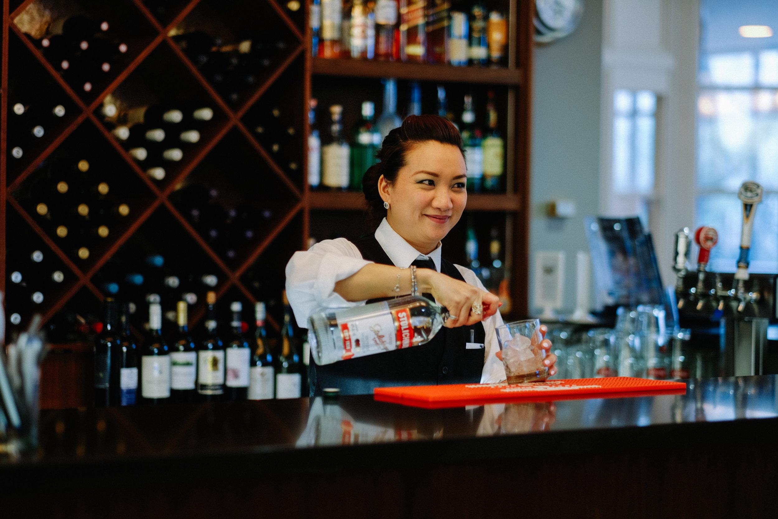 Bartender at boatparty
