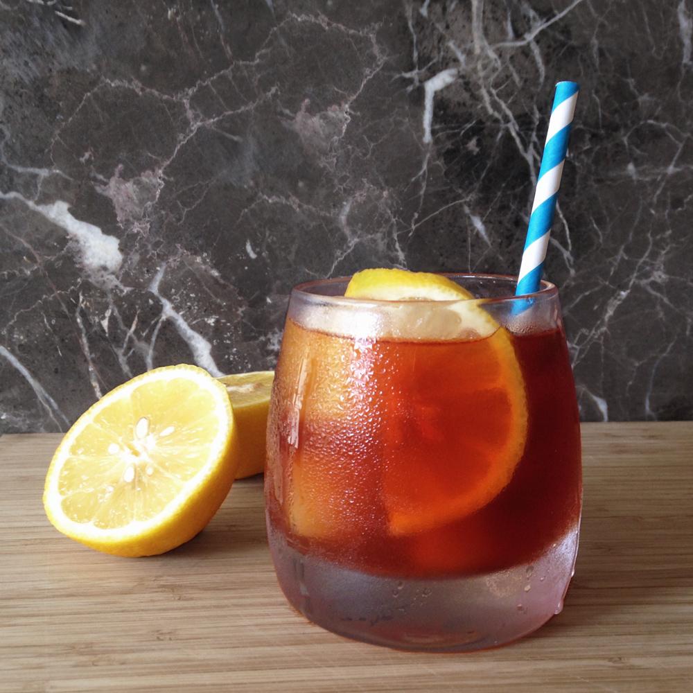 Blue Mtn Sunshine    1 oz  D.L. Franklin Vodka  ½ oz    Pearl Beverage Co.       Blue Mtn. Sunshine Tea Syrup    Over ice Top with soda water Garnish with lemon