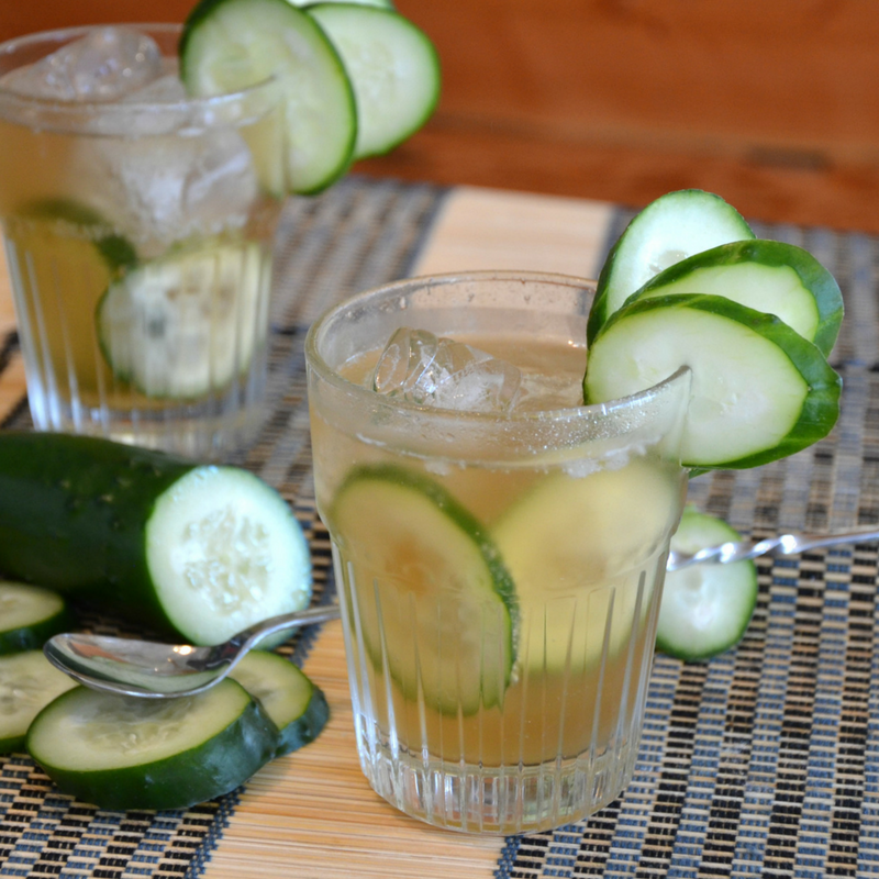 Emerald Sunshine Mocktail    1/2 oz.    Pearl Beverage Co.      Blue Mt.       Sunshine       Tea Syrup     1 TBSP  brewed  Emerald Oolong  from The Jasmine Pearl Tea Company in 2 oz. water  1 dash  of Woodland Bitters from Portland Bitters Project Over ice, topped with soda water Garnish with cucumber slices