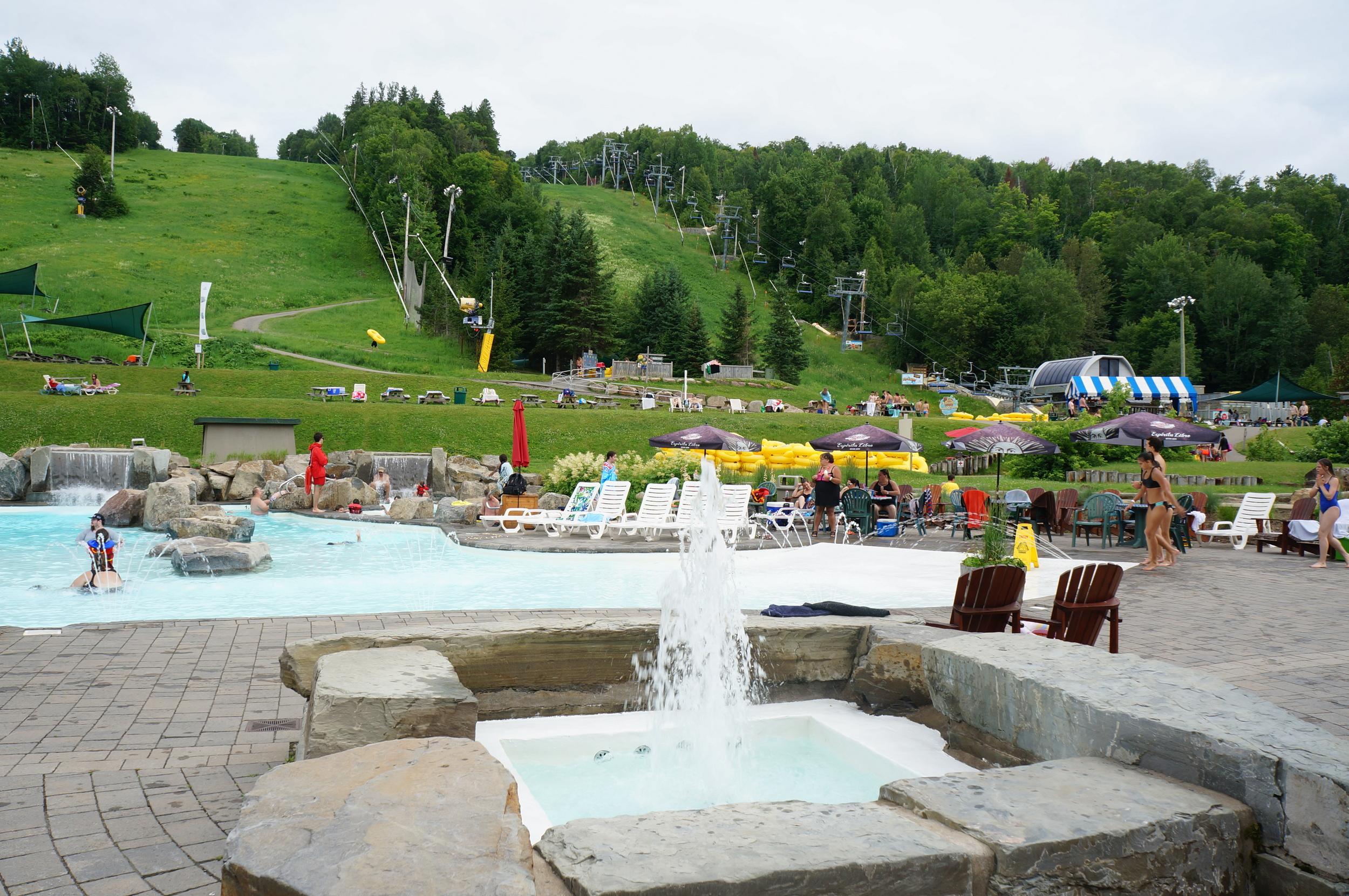 Mont Saint Sauveur Parc Aquatique