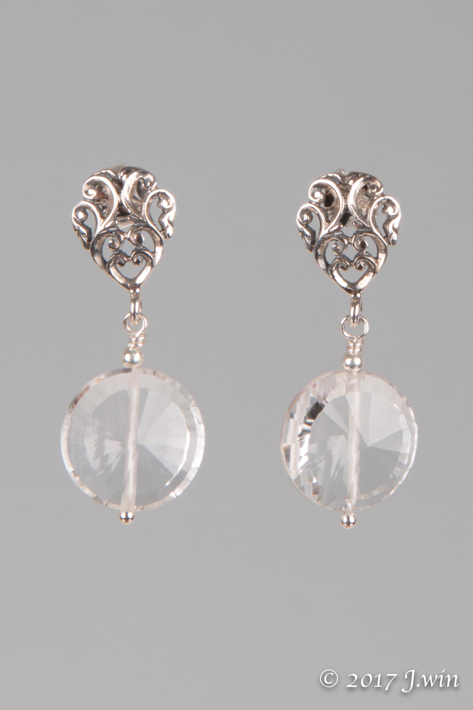 Circle crystal earrings