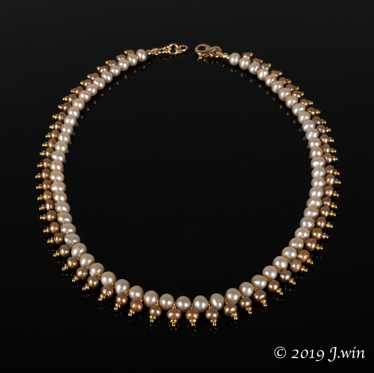 Classically beautiful champagne fresh water pearl necklace