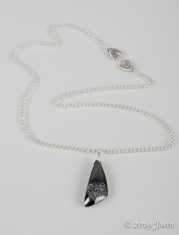 Copy of Refined druzy pendant necklace