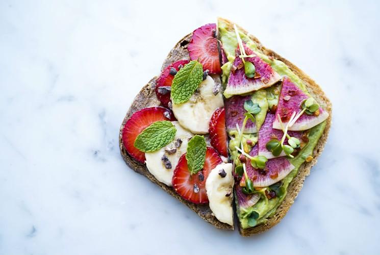 plnthouse-avocadobananatoast.jpg