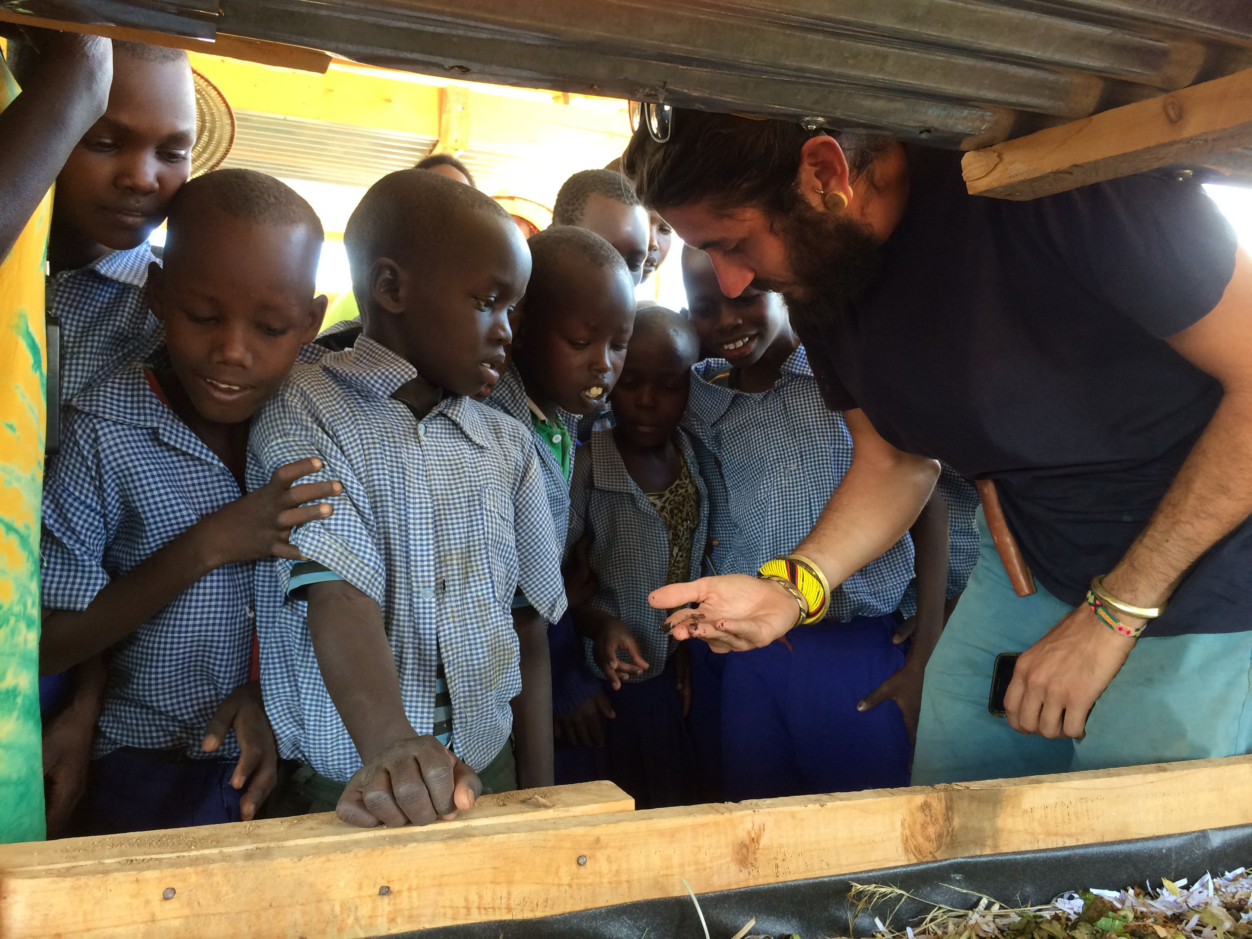 Ivan Lieman, our Co-Founder shows school kids how the wormery works