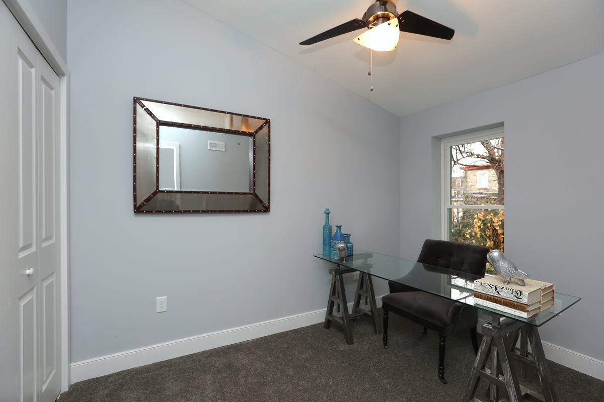 3523 Sunnyside - bedroom
