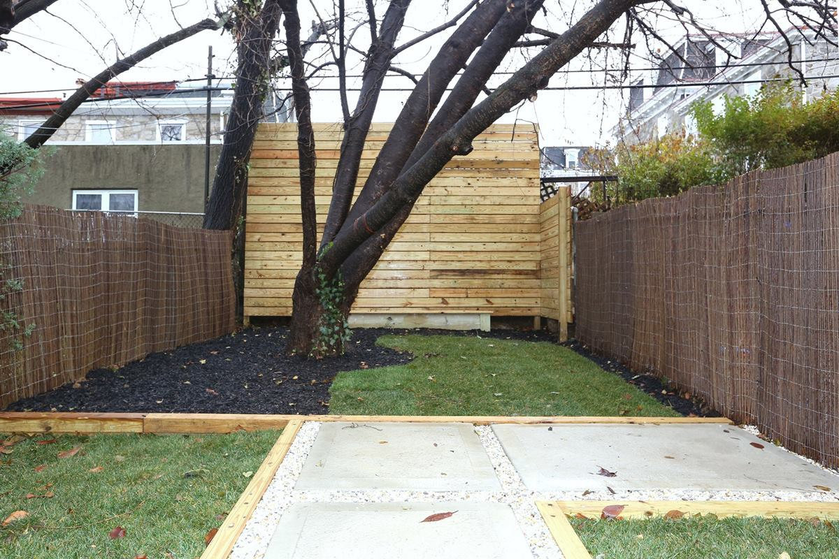 3523 Sunnyside exterior rear yard 2
